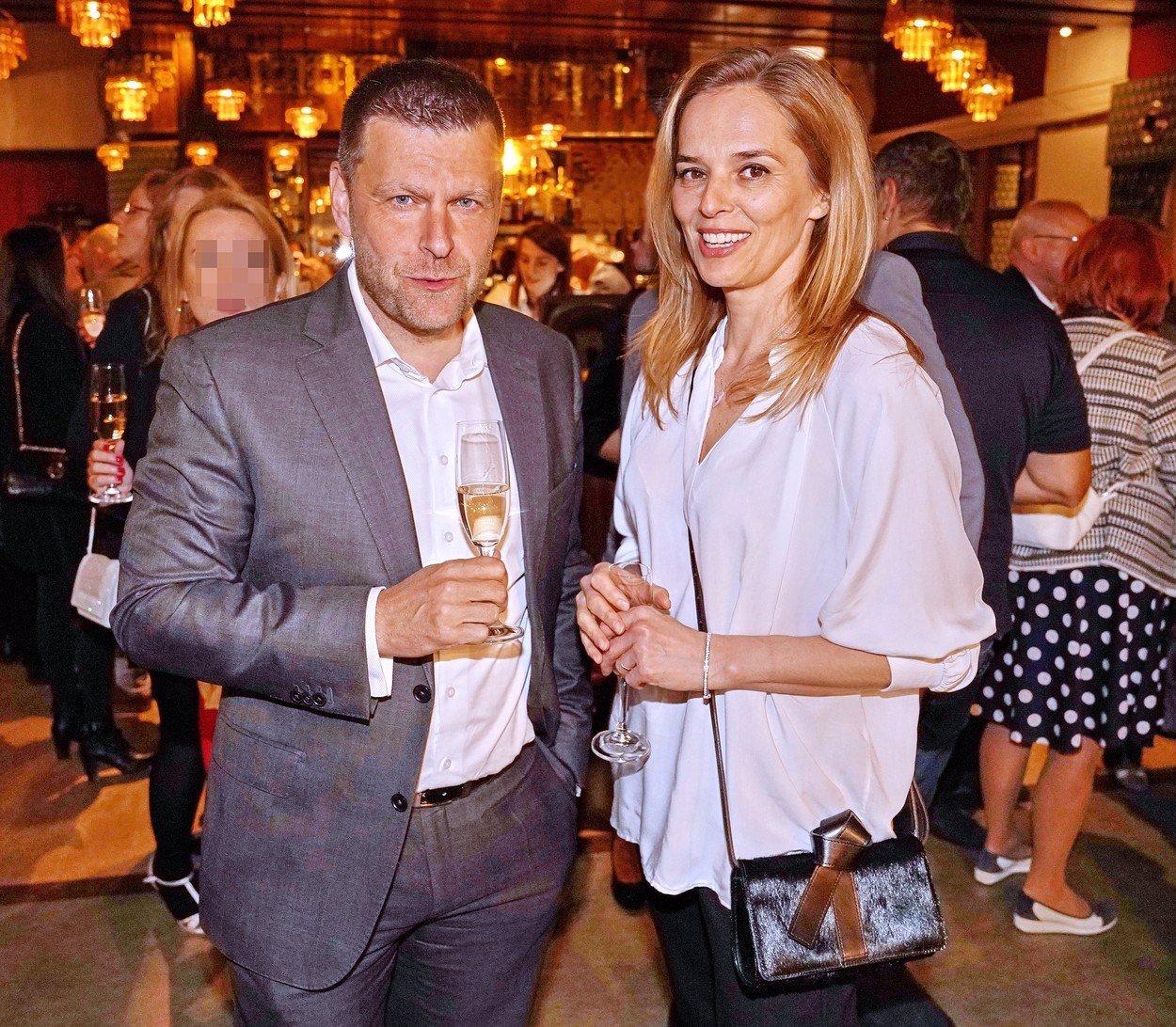 Střet zájmů kvůli lásce? Českou televizi přítel Světlany Witowské netrápí
