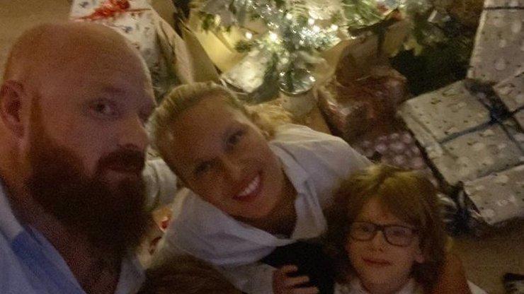 Simona Krainová zažila vánoční horor v luxusu: Horečka a vyplavená kuchyň, prozradila