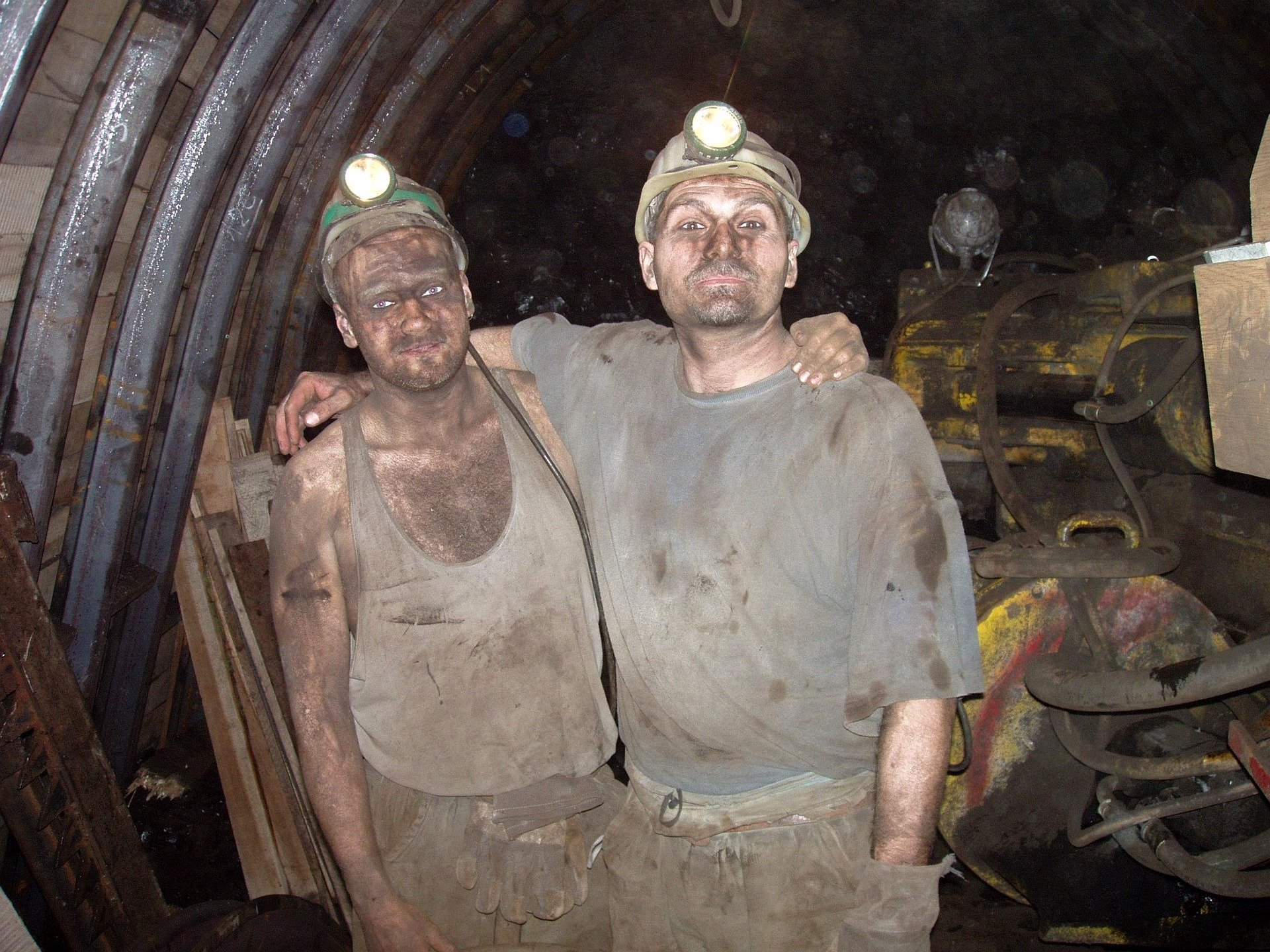 Špatná zpráva od Vojtěcha: Některé zákazy na Karvinsku musí kvůli horníkům pokračovat