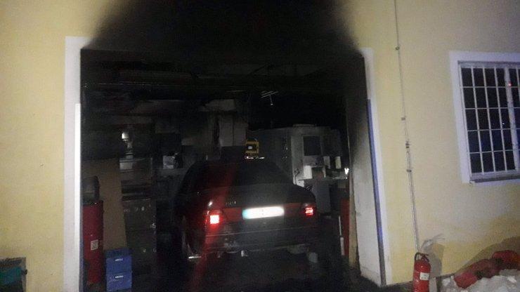 Ohnivé peklo v hale na Mladoboleslavsku: Škoda dosáhla 50 milionů korun