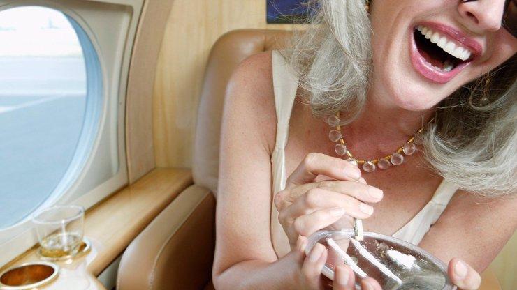 Všichni turisté v Karibiku hledají nový poklad! Do moře tam spadlo letadlo s tunou kokainu na palubě!