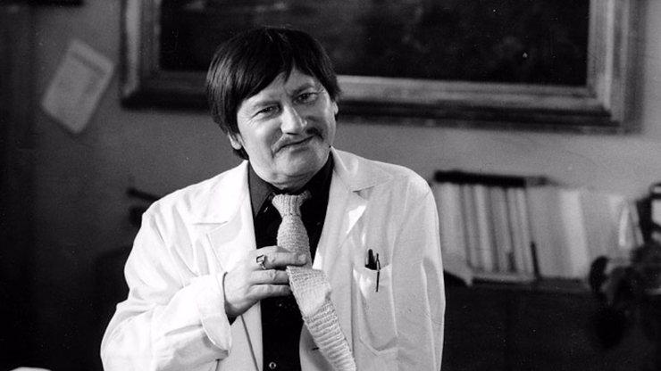Jiří Císler zemřel před 16 lety: Komediální herec si s humorem sestavil i vlastní parte