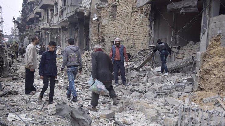 Turecko přestalo bránit proudění syrských uprchlíků: Neuneslo břímě zadržování migrantů