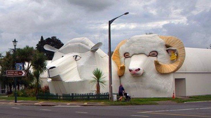 10 zvířecích staveb! Tato architektonická zvěrstva vás dostanou!