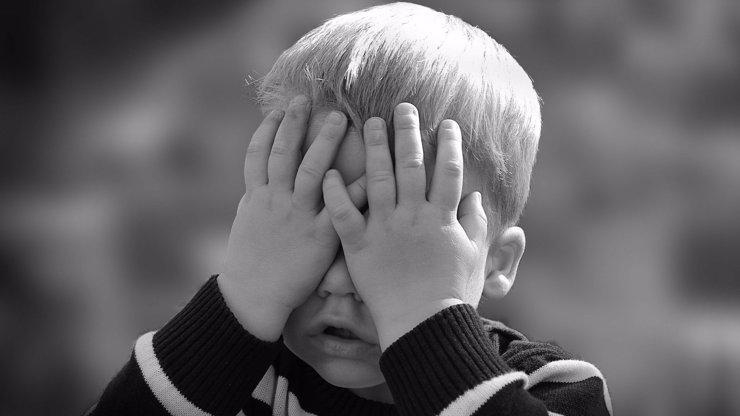 Češka prodala šestiletého syna za 100 tisíc: Chlapec se konečně vrátil k biologické rodině