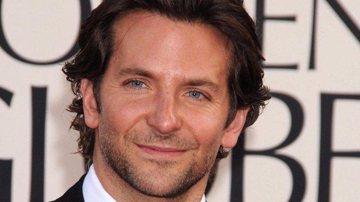 5 slavných mužů, kteří se pyšní nejpřitažlivějším vlasovým porostem. Tipněte si, kdo je mezi nimi