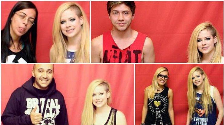 Fanoušci museli zaplatit bezmála 8 000 Kč, aby mohli vytvořit tyhle extrémně trapné fotografie s Avril Lavigne!