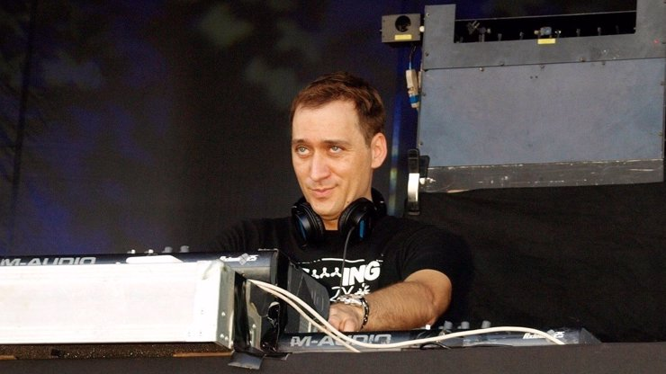 Nejlepší DJ světa Paul van Dyk je v Praze: Známe jeho tajný požadavek, to budete koukat!