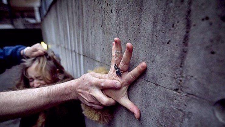 Otřesné znásilnění šesti muži v Havířově se nestalo, opilá žena si všechno vymyslela