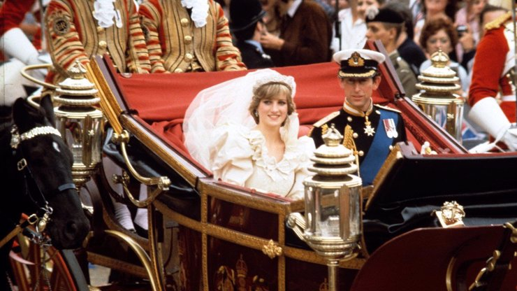 Princ Charles slaví 72: Noc před svatbou zasadil princezně Dianě zdrcující úder