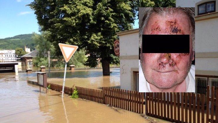 Povodně dělají z lidí zrůdy: Zloději rabovali v ústecké nálevně a brutálně zmlátili hospodského, který je načapal!