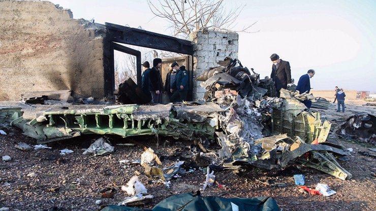 Nic nenasvědčovalo tragédii: Z posledních slov pilota sestřeleného boeingu mrazí