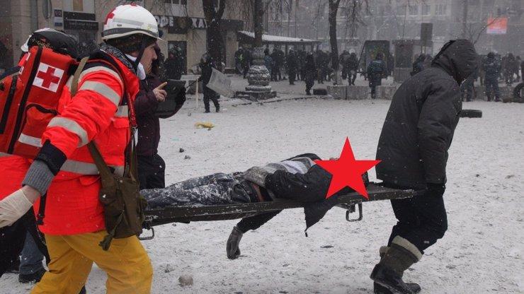 Kyjevské ulice se proměnily v krvavá válečná pole: 7 aktuálních fotografií ukrajinských nepokojů, ze kterých mrazí