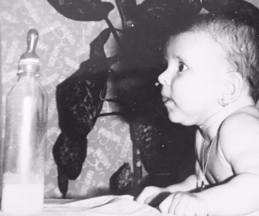 Poznáte, kdo je tohle buclaté miminko? Loňský rok byl pro tuto moderátorku velmi smutný!