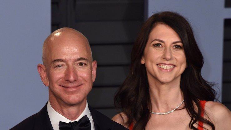 Jeff Bezos se rozvádí.