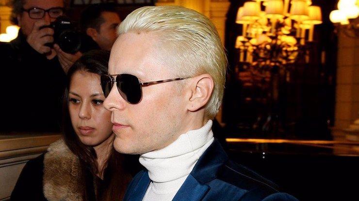 Nová móda Hollywoodu: Z celebrit se stávají kyborgové, nejdřív Kardashianka a teď tenhle! Poznáte ho?
