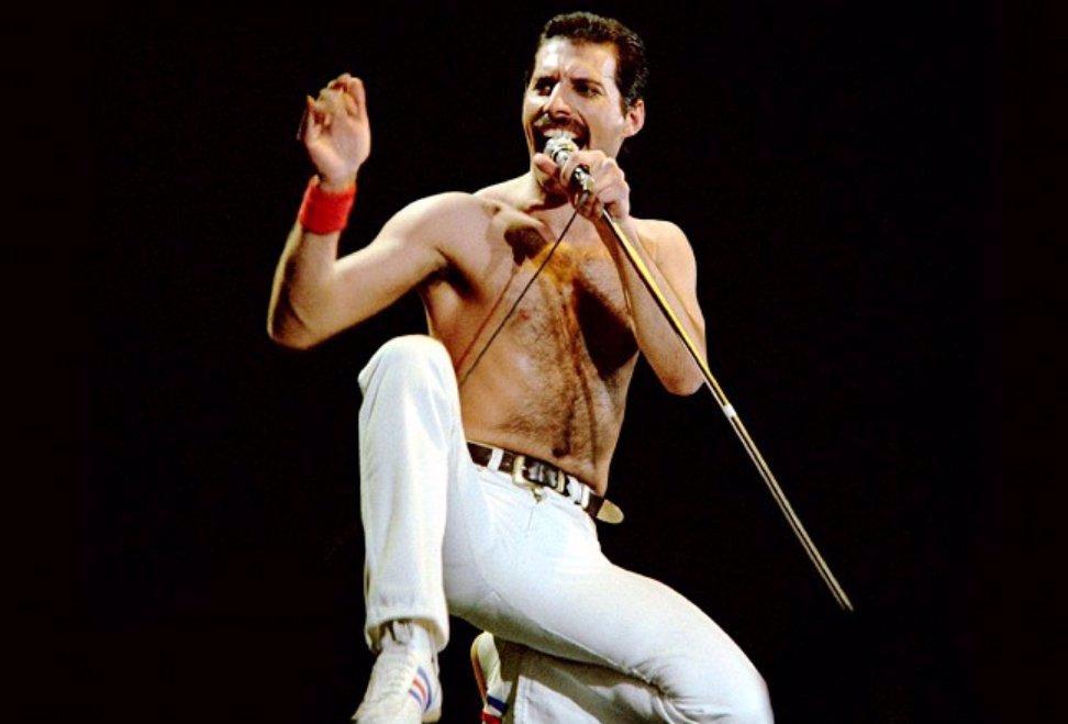 Freddie Mercury by slavil 74: Kvůli poslednímu přání vstal silou vůle ze smrtelné postele