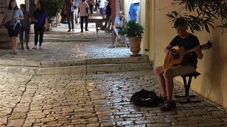 Cesta na vrchol: Sedmnáctiletý Jan Mečíř začínal na ulici, nyní míří do showbyznysu