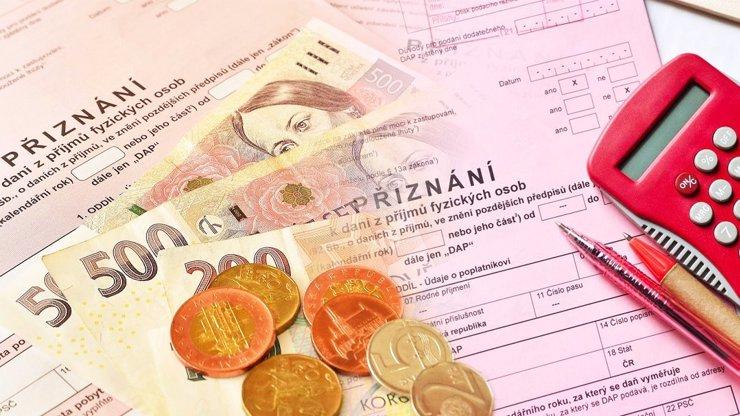 Kdy musí zaměstnanci odevzdávat daňové přiznání? Přehled pro všechny nejisté