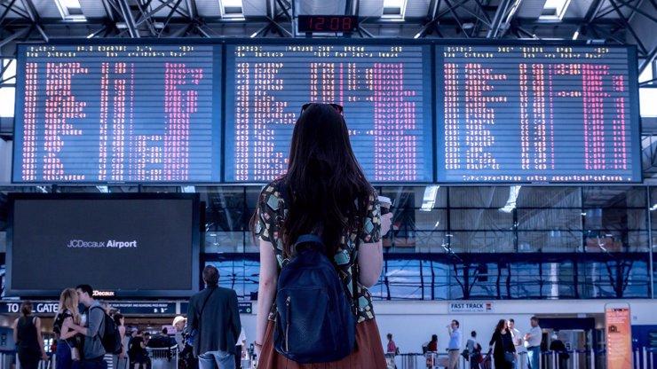 Radost střídá nadšení: Vláda opět zpřísnila podmínky pro cestování, platit budou od pátku