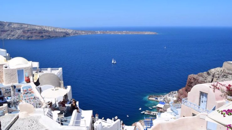 Řecko otevřelo brány českým turistům: Má to však háček. Vstup do země může být některým odepřen