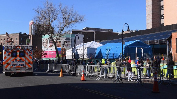 Epicentrum koronaviru v USA: New York byl označen za už explodující bombu