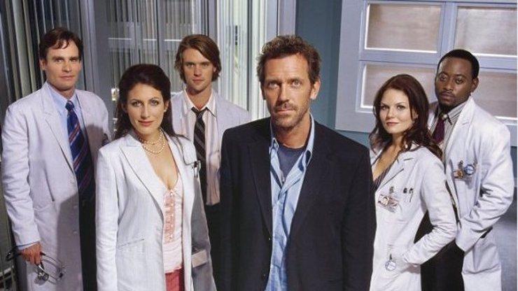 Jak se změnili herci ze seriálu Dr. House: Třináctku byste nepoznali, Cuddyová nestárne