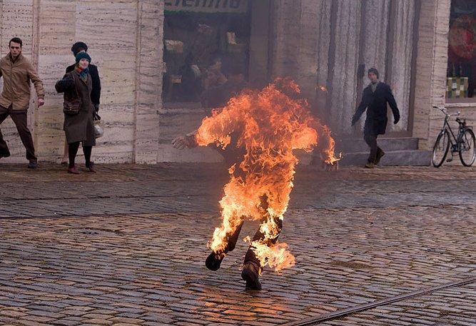 Dva filmy, dvě vzplanutí: Jak se natáčelo upálení Jana Palacha (†20), který zemřel před 50 lety