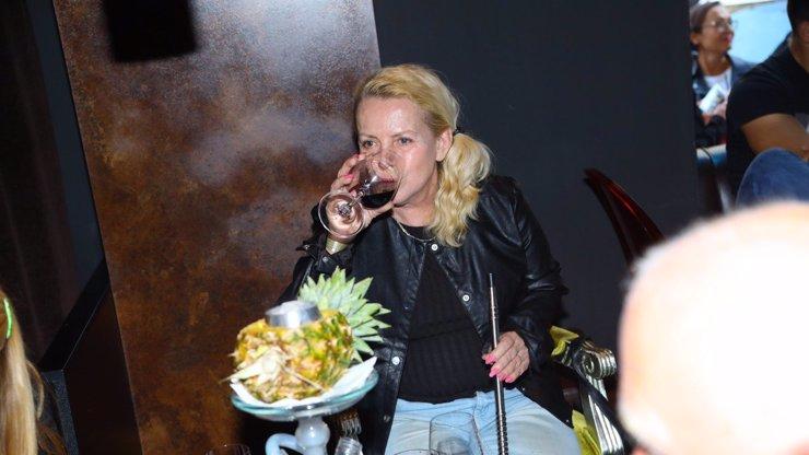Krampolová leží v Tunisku na JIPce! Bojuje o život, selhal jí organismus