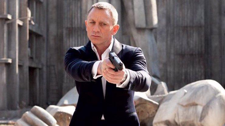 Agent s povolením zabíjet: Herec Daniel Craig získal stejnou hodnost jako James Bond
