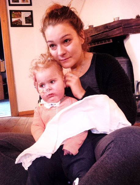 Lékaři nemocného Oliverka se hájí: Lék chlapce nevyléčí, tvrdí Motol