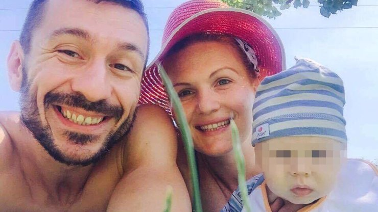 Účastník Talentu je v kómatu: Do Laca (41) praštil proud, těhotná manželka poslala vzkaz