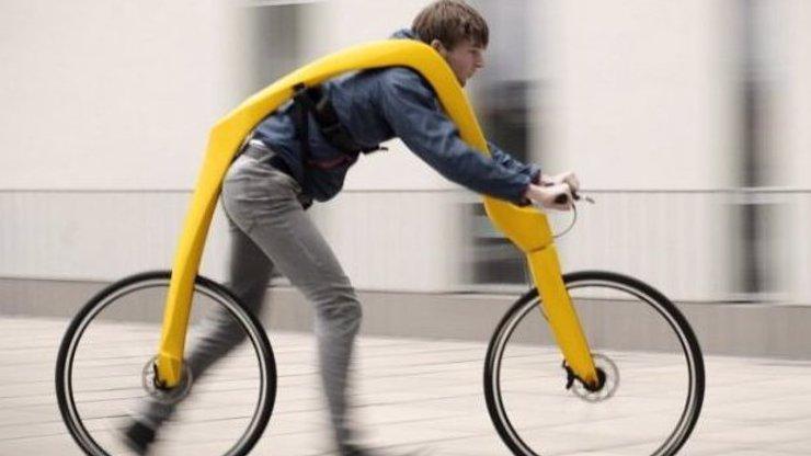 Němci vymysleli nové jízdní kolo: Budete v něm jak Fred Flintstone!