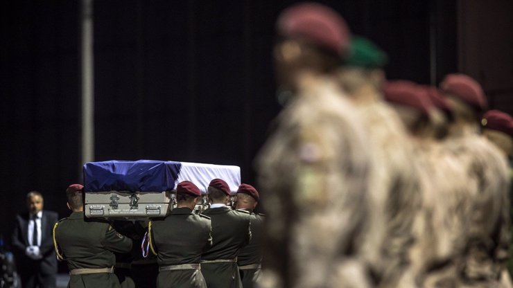 Vojáci se rozloučili s Tomášem (†42) zabitým v Afghánistánu, nechyběl Miloš Zeman