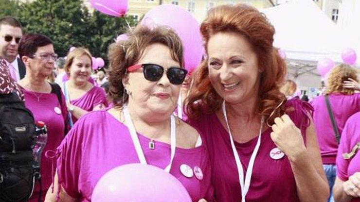 Jiřina Bohdalová se strachuje o dceru: Simona Stašová skončila v nemocnici