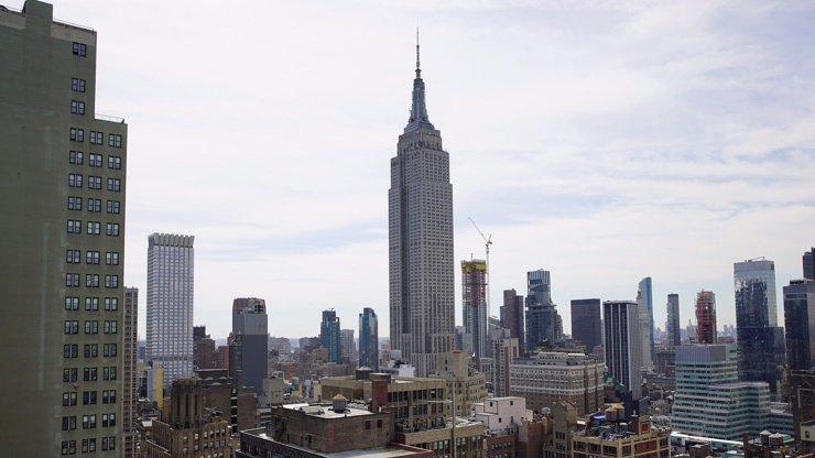 Nejvyšší budovu New Yorku obestírá aura smrti neštěstí a smrti