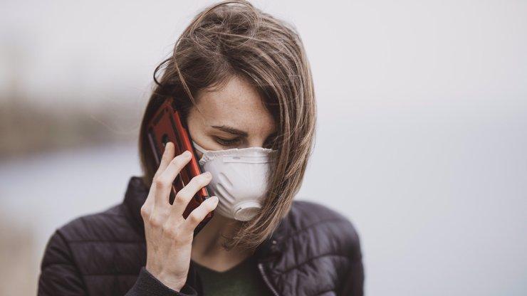 Povinné respirátory: Tak nám je zaplaťte, zuří lidé, proč roušky najednou nestačí?