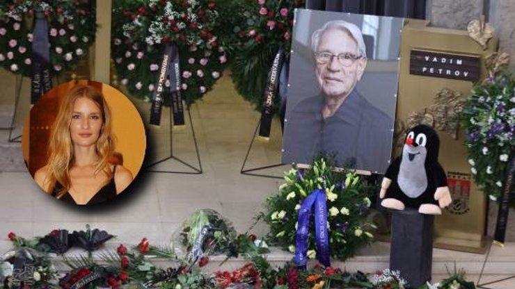 Pohřeb Vadima Petrova obrazem: Vnučka topmodelka Linda Vojtová odhalila krásné tajemství