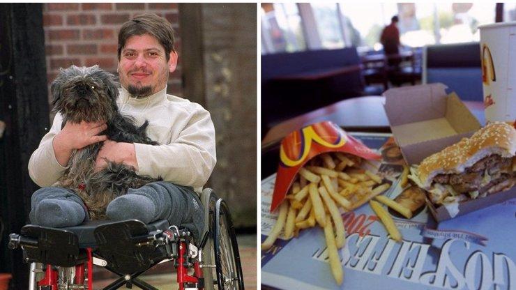 Bizarní smrt v McDonaldu! Muž se dusil kouskem masa a nikdo mu nepomohl!