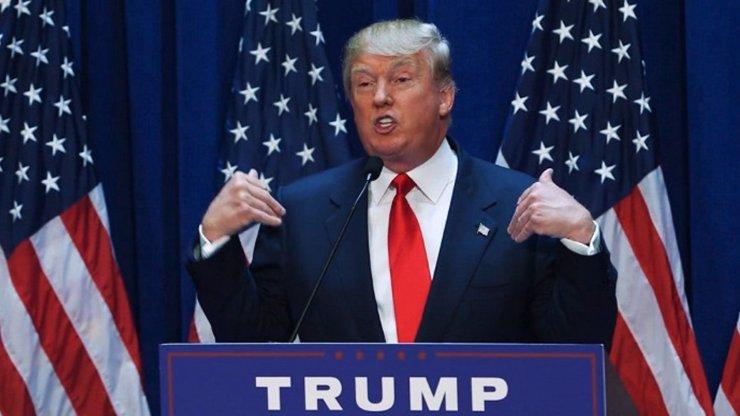 Írán vypsal odměnu na žlutovlasého šílence: 80 milionů dolarů tomu, kdo přinese hlavu Trumpa