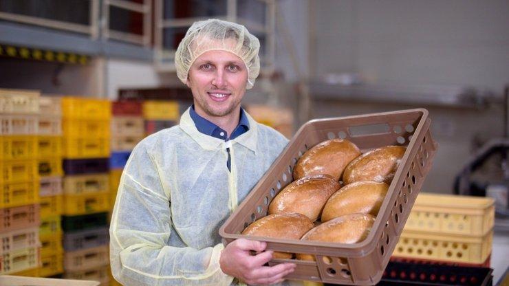 HEZKY ČESKY: 7.díl: Pekárna Malena: Dobrý chleba potřebuje dostat pecku