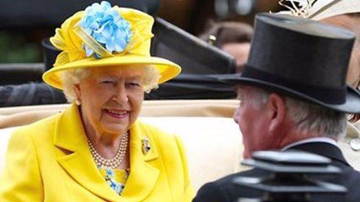 Britům spadl kámen ze srdce a strach se rozplynul! Královna Alžběta II. je opět ve formě