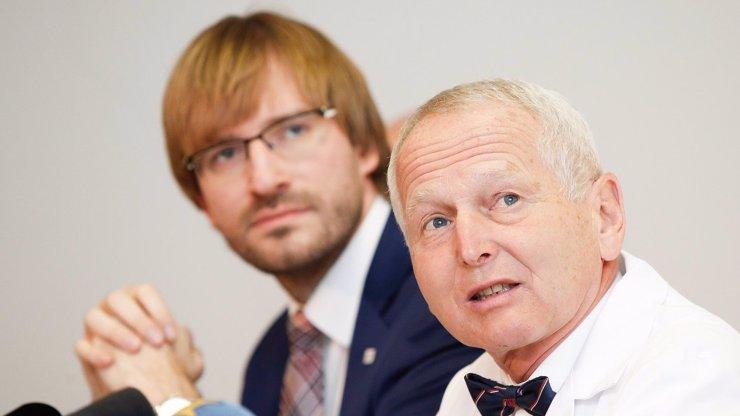 Kardiochirurg Pirk otočil: Už nechce promořit celé Česko. Uznal, že nejde o chřipečku