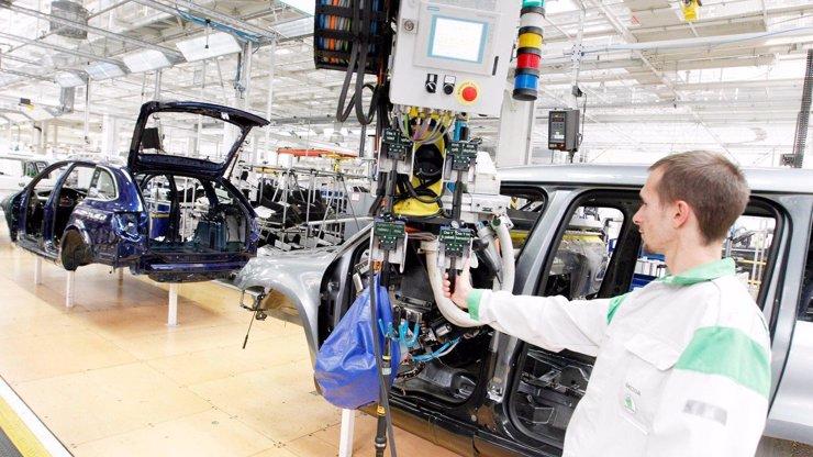 Škodovka po 40 dnech obnovila výrobu: Návrat pro zaměstnance nebyl vůbec příjemný
