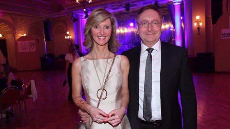 Nový ministr zdravotnictví Arenberger: Za manželku má finalistku Miss Československo