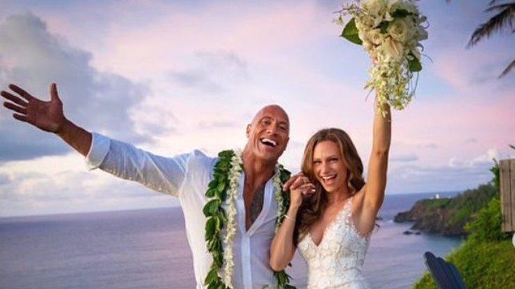 Hvězda Rychle a zběsile se oženila: Dwayne Johnson do toho konečně praštil