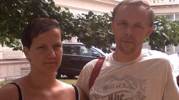 Zavraždil Pavel Paur svou ženu? Policie našla v ložnici na stěnách krvavé stopy!