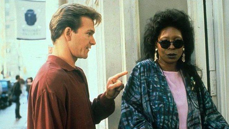 Whoopi Goldberg slaví 65: Osudovou roli v dojáku Duch jí dohodil Patrick Swayze