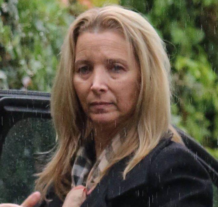 Phoebe z Přátel slaví 54. narozeniny: Z půvabné herečky se stala stařena s vráskami a povadlou pletí