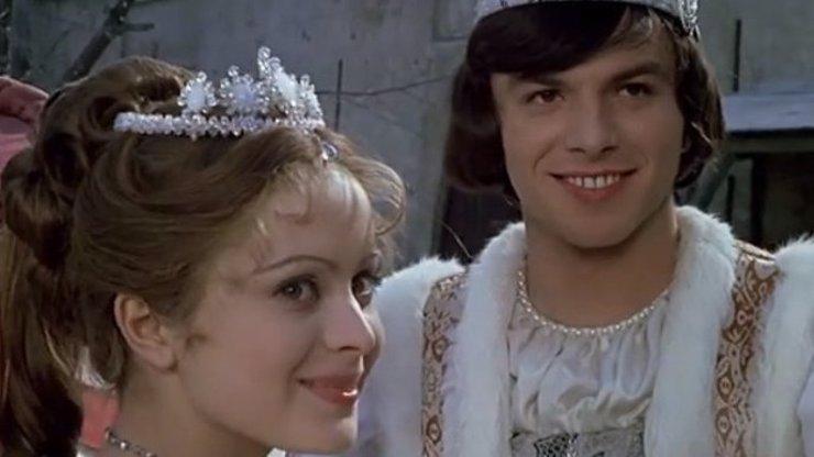 Princ z Tří oříšků pro Popelku: Byla mi hrozná zima, syn (3) už mě v pohádce pozná a diví se